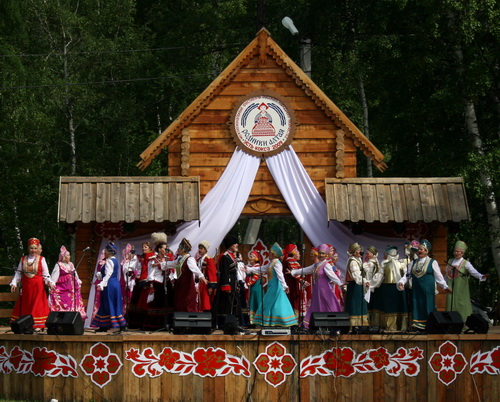 В Усть-Коксе прошел фестиваль русской культуры