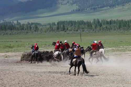 Команда из Шыргайты стала победителем чемпионата по козлодранию (фото)