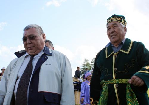 Курултай открыли Юрий Антарадонов и Борис Алушкин