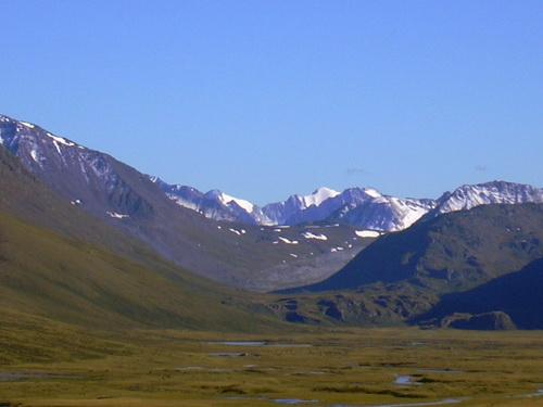 Застава контролирует среди прочего перевал Канас на российско-китайской границе