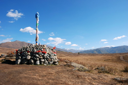 Колоритные пейзажи здесь обогащаются историей и традициями местного населения