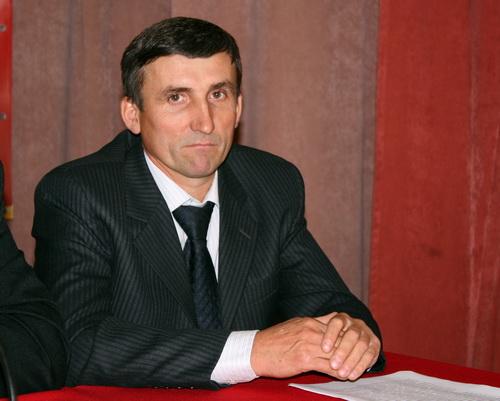 В соответствии с этими пожеланиями Александр Груздев возглавил сторонников Миронова в Горном Алтае