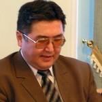 Экономист Алчубаев побеждает спортсмена Шилыкова