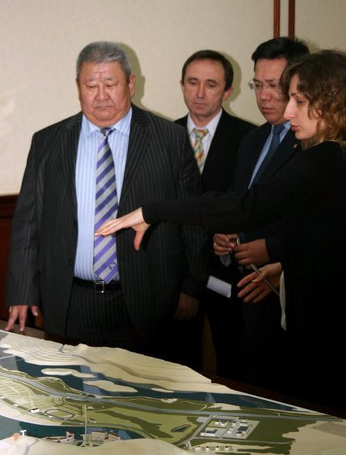 Базарсаду показали проект «Алтайской Долины»
