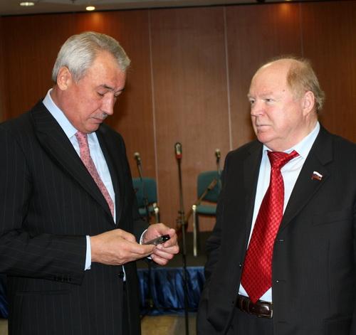 Мероприятие своим вниманием почтили сенаторы Ралиф Сафин и Виктор Лопатников