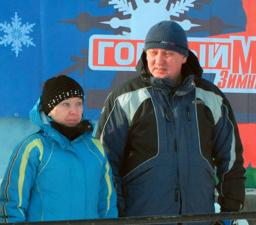 Руководитель отдела по делам молодежи Галина Ахламенок и вице-мэр Юрий Нечаев