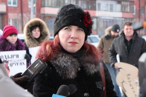 Ирина Бокова утверждает, что коммунисты применили к ним силу