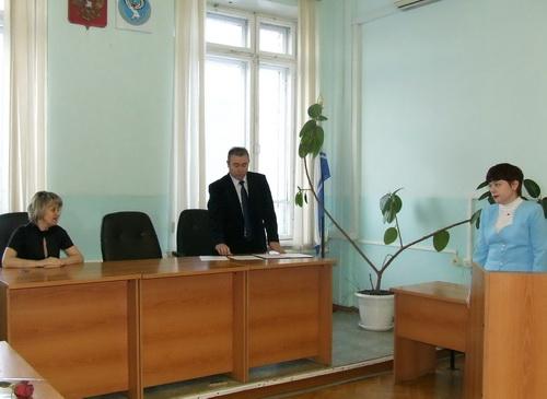 Марина Соколовская (справа) приняла присягу судьи