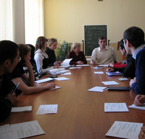 В Горно-Алтайске прошел круглый стол, посвященный молодежи и выборам