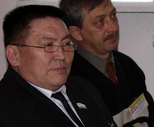 «Алтайский Жириновский» уступил районному чиновнику