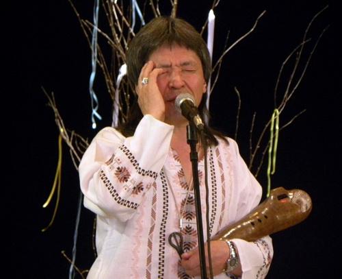 Болот Байрышев на сцене Национального драмтеатра
