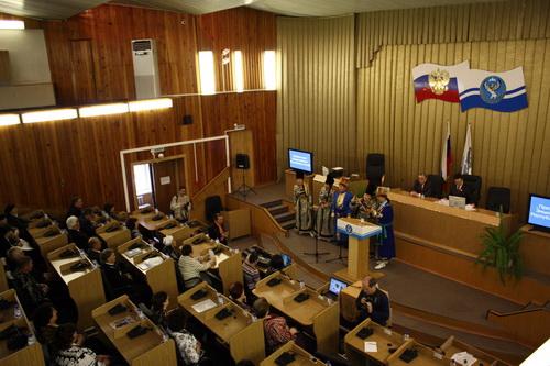 В Горно-Алтайске прошла презентация первой энциклопедии Республики Алтай