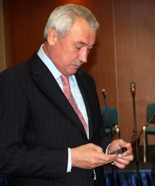 Сенатор Ралиф Сафин все чаще получает тревожные сообщения с Алтая