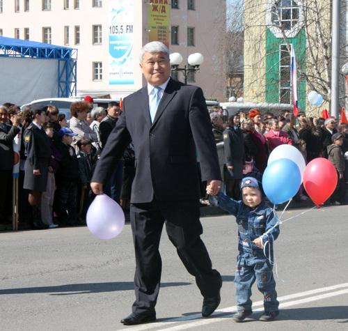 Министр культуры Владимир Кончев с сыном