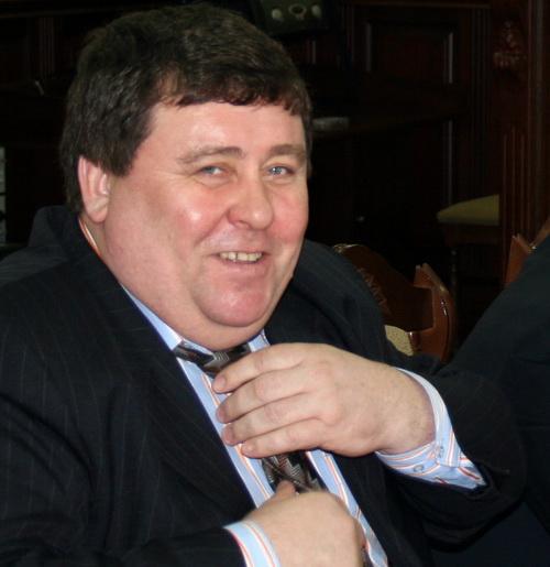 Депутат Госсобрания Виктор Безрученков дарил гостям исключительно тепло и радость