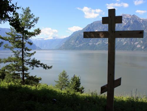 Поклонный крест в Беле