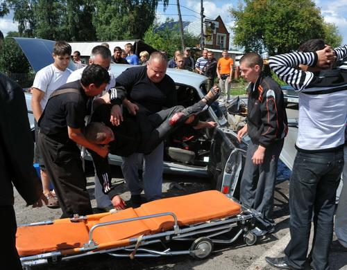 Водитель «Волги» получил травмы