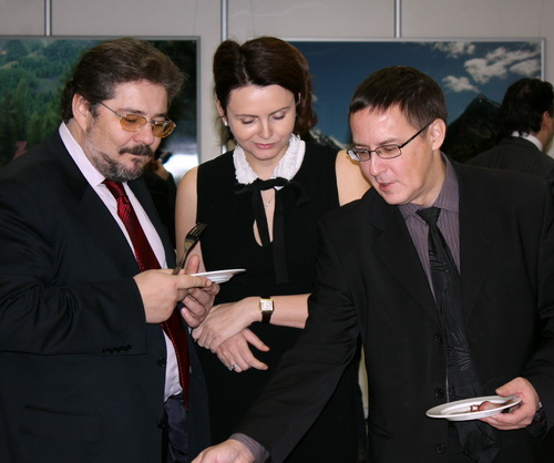 Дмитрий Журба (слева) ищет стратегического инвестора