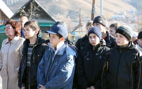 … обратился к подрастающему поколению с призывом не допустить повторения репрессий в будущем