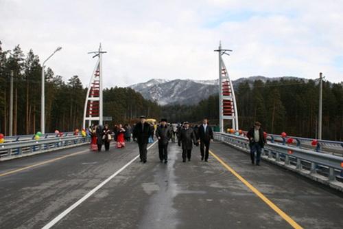 В Республике Алтай сдан в эксплуатацию новый мост через Катунь