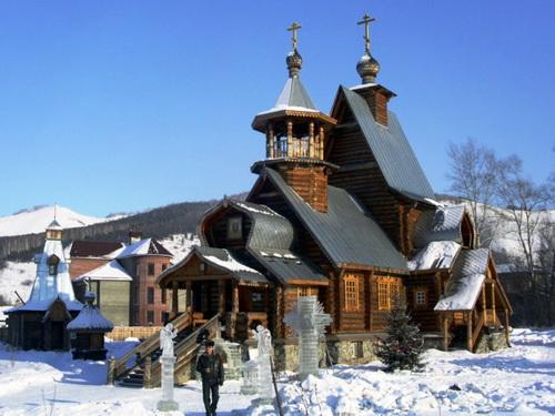 Свято-Макарьевский храм (фото с сайта makarievskiy-hram.ru)