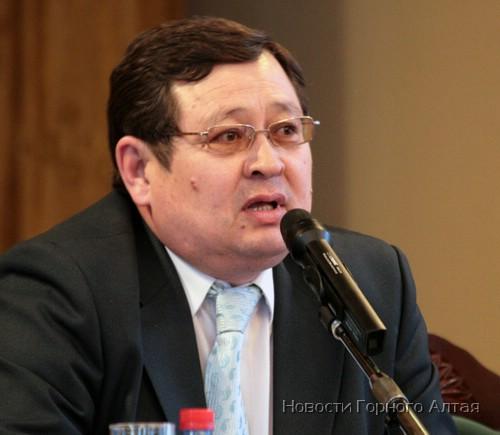 Председательствовал на Курултае Анатолий Тодошев