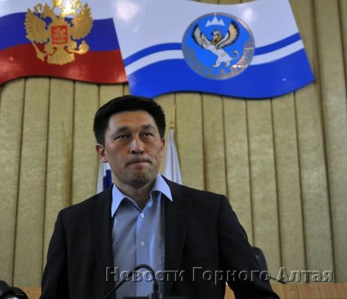 Для Эжера Татина – Эл башчы по версии чрезвычайного Курултая – результаты голосования оказались провальными