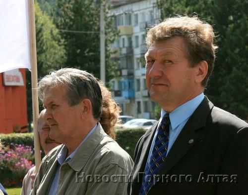 «Старая гвардия» отстояла Михаила Каратунова