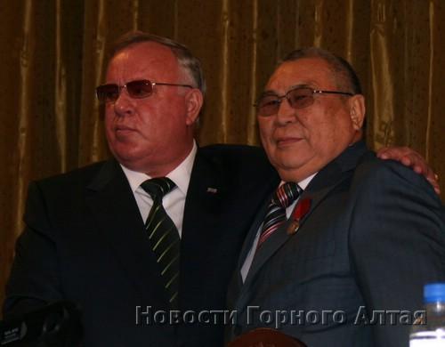 Глава республики спел дифирамбы своему заместителю