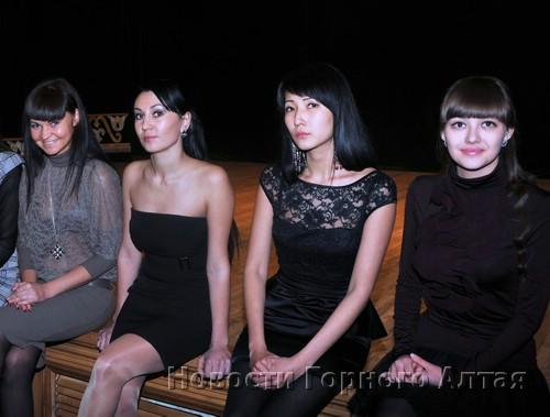 Екатерина Молодых, Севинч Чугулчина, Айкинэ Кохоева, Анна Скороходова