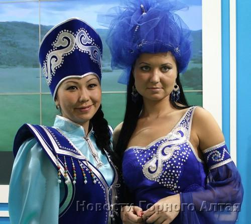 ... а также горно-алтайские красавицы