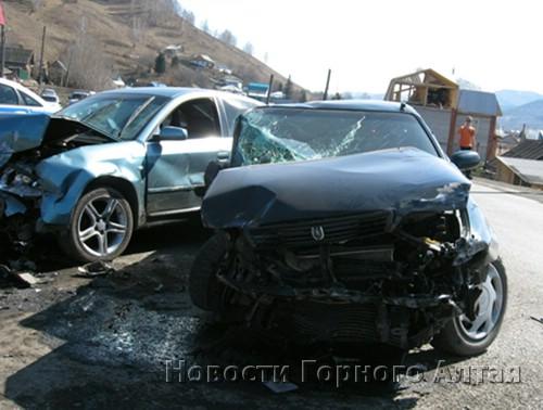 Пьяный водитель устроил крупное ДТП в Горно-Алтайске