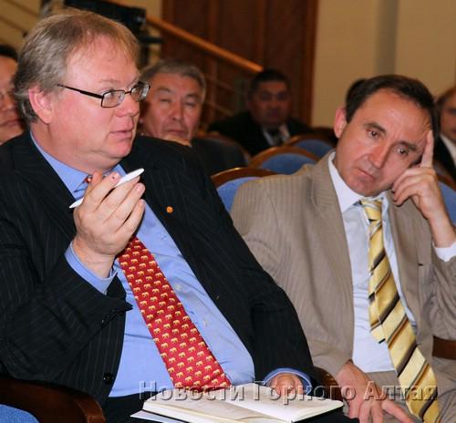 Представитель Комитета по мировому наследию ЮНЕСКО Гай Дебоннет взял «Алтай - золотые горы» на карандаш