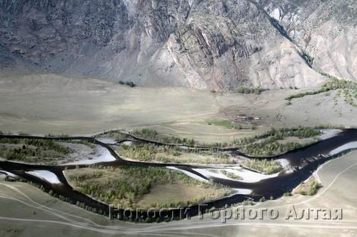 Осмотрели долину Чулышмана…