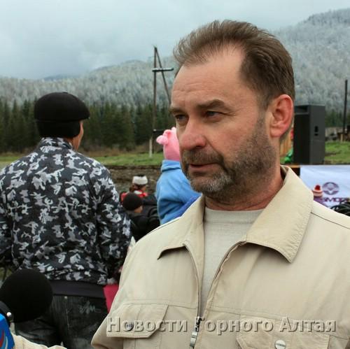 Один из руководителей инициативной группы по празднованию юбилея тракта Александр Терещенко