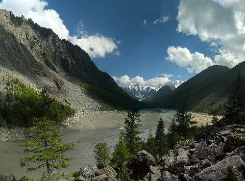 Так выглядит ложе озера после 17 июля. Фото Александра Коботова