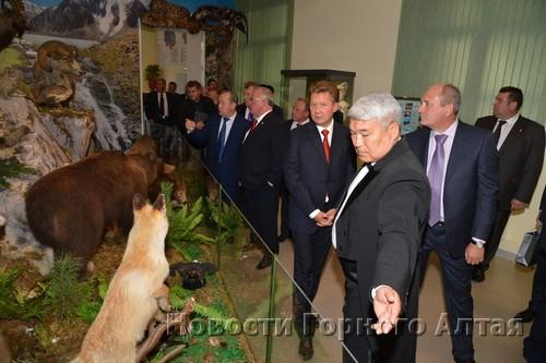 Министр культуры Владимир Кончев провел экскурсию для гостей