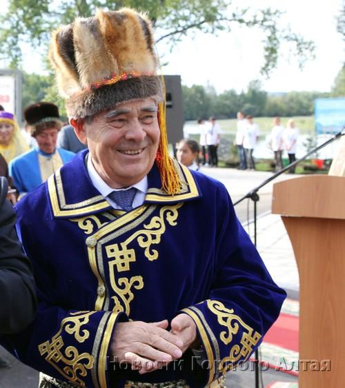 Минтимер Шаймиев на прошлой неделе побывал в Горном Алтае