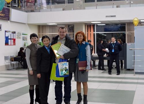 20-тысячным пассажиром горно-алтайского аэропорта стал фотограф Александр Тырышкин