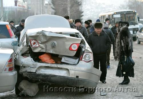Несколько машин получили повреждения