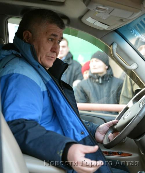 За рулем джипа находился Владимир Акпашев