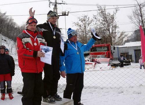 На Комсомолке прошло первенство по горным лыжам