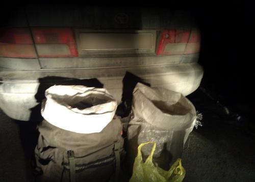 5 кг марихуаны были упакованы в рюкзак и мешок