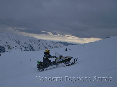 В Горном Алтае состоялся марафон на снегоходах