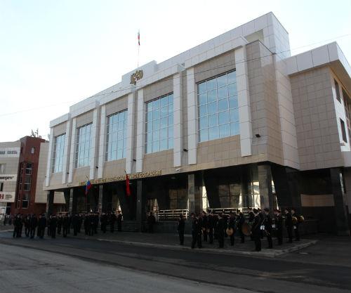 Здание «парламентской юрты» в Барнауле