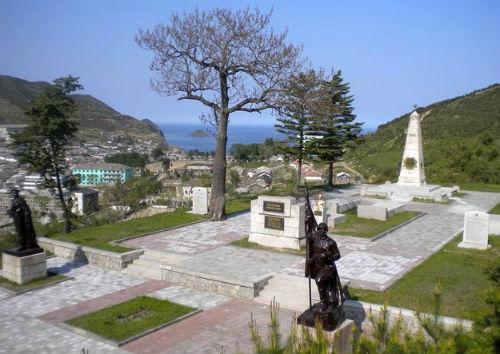 Мемориал советским войнам в северокорейском городе Чхонджин