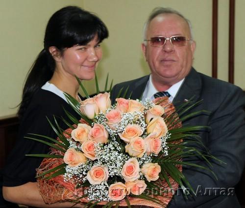 Бердников предложил Унучаковой сиять ближайшие пять лет