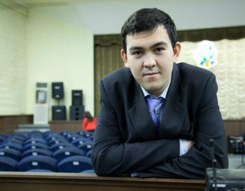 Приз зрительских симпатий получил Азамат Олимов