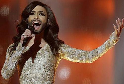 «Евровидение» выиграл трансвестит из Австрии