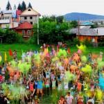 Фестиваль красок прошел в Горно-Алтайске (фото)